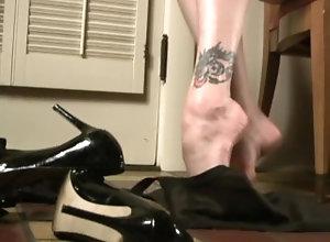 kink;legs;stockings;feet;pinup;nylon;feet,Feet;Verified Amateurs;Solo Female Sexy Vintage...