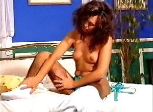 Shaving,Hairy,Amateur,Hirsute,Model,Natural Boobs,Struggling,Trimmed Pussy,Vintage,Young (18-25) Sandra - Super...
