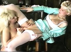 Fisting,Lesbian,Vintage,Classic,Retro,Lingerie,Toys,Fetish,MILF,Strapon,Fisting,Lesbian Sandra Fox,...