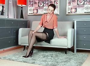 Brunette,Vintage,Classic,Retro,Hairy,Stockings,MILF,Solo Female,Sophia Smith Sophia Smith - 16