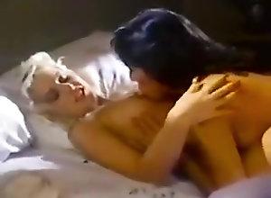 Lesbian EX GWDG-1 DL AA
