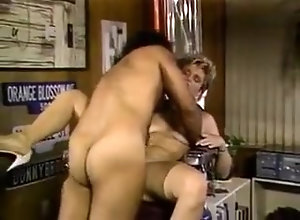Brunette,Blonde,Interview,Reality,Sofa Sex Sandy Summers...