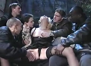 Gangbang,Cuckold ravished by a...