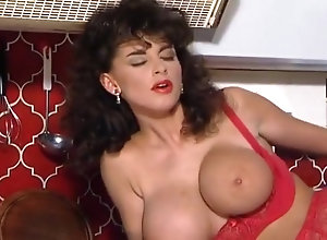 Anal,Threesome,Big Boobs,Stockings,Fingering,Cunnilingus,Mistress,Young (18-25),Jean-Yves Le Castel,Tony Tedeschi,Kris Newz,Helen Duval,Sarah Young,Michelle Janssen Sarah Young The...