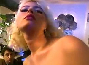 Big Boobs,Blonde,Buxom,Couple,Motel,Restaurant,wild Buxom blonde goes...