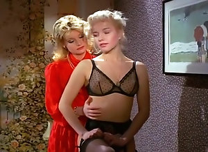 Masturbation,Stockings,Cunnilingus,Small Tits La Maison Des...
