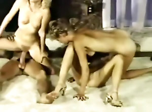 Anal,Blond,Vintage,Classic,Retro,Toys,Cunnilingus,Hardcore,real estate Real estate (1982)