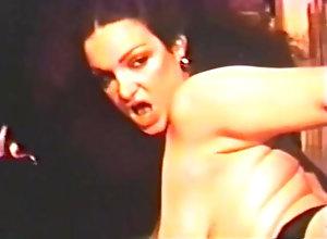 Vintage,Classic,Retro,Knockers,Sue Nero Big Tit Sizzler