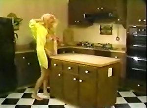 Blonde,Blonde,Kitchen Jean Afrique...