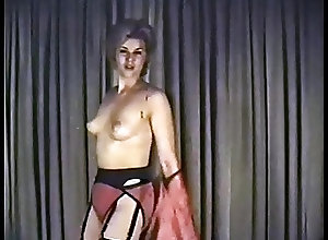 Blondes;Vintage;Stockings;Softcore;HD Videos;Striptease;Striptease Dance;Dance SHAKE BABY SHAKE...