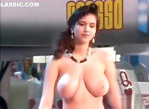 Brunette,Vintage,Classic,Retro,Big Tits,Striptease,British AChrls_-_CG198990...