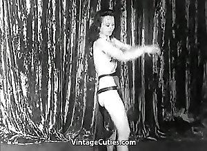 Babes;Vintage;Flashing;Latin;Striptease;Vintage Cuties Channel;Pretty Babe;Pretty Sexy;Pretty;Dances;Sexy Pretty Sexy Babe...