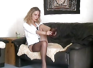 Amateur;Blondes;Nylon;Stockings;Vintage Slip them on Aleissa