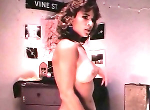 Big Boobs;Celebrities;Softcore;Striptease;Vintage;Queen MICHELLE BAUER -...