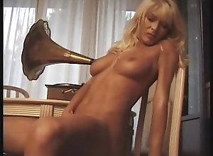 Pornstars;Vintage;Cuckold;Threesomes;Feminine Confession...
