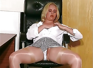 British;BBW;Blondes;Masturbation;Vintage SF469