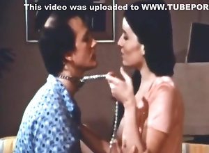 Vintage,Classic,Retro,Hairy,Blowjob,Cumshot,on top Love On Top (1973)