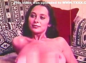 Vintage,Classic,Retro,Hairy,Cunnilingus,Big Cock,Blowjob,Jock,Monster Cock,Perfect,Sperm,Vintage Babe Eats Big...