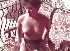 Blowjobs;Cumshots;Threesomes;Vintage Vintage 103