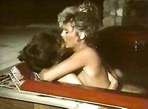Lesbian P.J. Sparxx &...