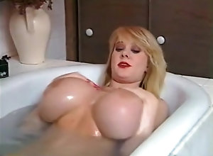 Nilli Willis,Kayla Kleevage,LeAn Lovelace,Justa Dream,John,Silver Studd,Buck Big Boob Celebration