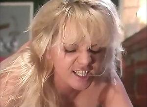 Anal,Masturbation,Vintage,Classic,Retro,Big Tits,Cunnilingus,Big Cock,Cumshot Titty Bar 2 (Full...