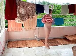 egina-noir;cameriera;nude-colf;casalinga;scopare-colf;retro;vintage;pinup;nylon;bikini;tacchi;reggiseno;mutandine;lingerie;spogliarellista;spogliarello,Celebrity;Public;MILF;Reality;Role Play;Babysitter;Verified Amateurs;Parody;Cosplay;Solo Female Bucato nudo. La...