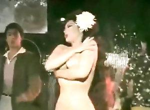 Hairy,Striptease,Public,Classic,CMNF,Exhibitionist,Hirsute,Nudist,Public,Undressing,Vintage CMNF Club-Classic...