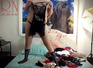 retro;pussy;milf;horny;nude-maid;housewife;lingerie;stockings;vintage;corset;bra;socks;tights;peignoir,Babe;MILF;Reality;Vintage;Casting;Verified Amateurs;Cosplay;Solo Female;Romantic Lady puts on...
