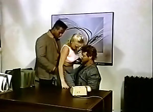 Blond,Vintage,Classic,Retro,Threesome,Blowjob,Cumshot,Ray Victory Dee Jay gets...