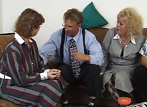 Anal,Double Penetration,Vintage,Classic,Retro,Big Tits,Stockings,Group Sex,Handjob,Toys,Old and Young,Deep Throat,Big Cock,Cum In Mouth,German,Granny,Mature Viererfick Im...
