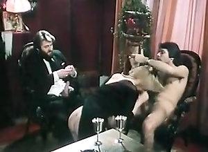Threesome,Group Sex,Handjobs,Swingers,Sucking,Threesome,Tugjob La Vorace...
