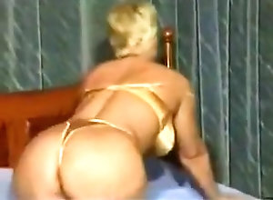 Sex Toys,Bitch,Old & Young (18-25) Older Lady Bitch