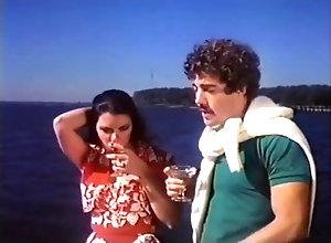 Vintage,Classic,Retro,Group Sex,Gangbang,Handjob,Blowjob,MILF Sunny (1979)