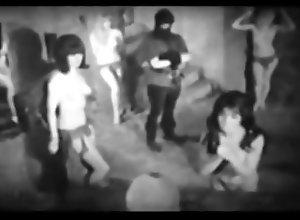 BDSM;Softcore;Vintage Scream