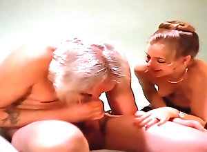 Blowjobs;Vintage;HD Videos A Giant Sucks His...