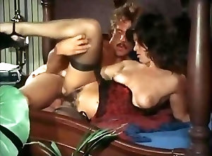 Hairy;Threesomes;Vintage;Quality Easy Alice (1976)...