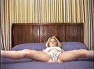 Amateur;Vintage;Lingerie;Nylon;Striptease;California;Nylon Panties;Panties Beautilful...