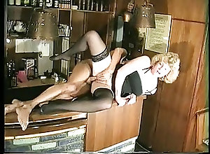 MILFs;Vintage;Barmaid;Fun Barmaid has fun...