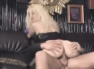Anal,Vintage,Classic,Retro,Handjob,Blowjob,Fetish,German,Perfect Babe With Gloves On