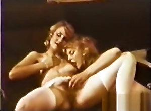 Vintage,Classic,Retro,Big Tits,Amateur,Vintage Peepshow Loops...