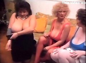 Lesbian,Big Boobs,Boobs,Retro sweet retro boobs 2